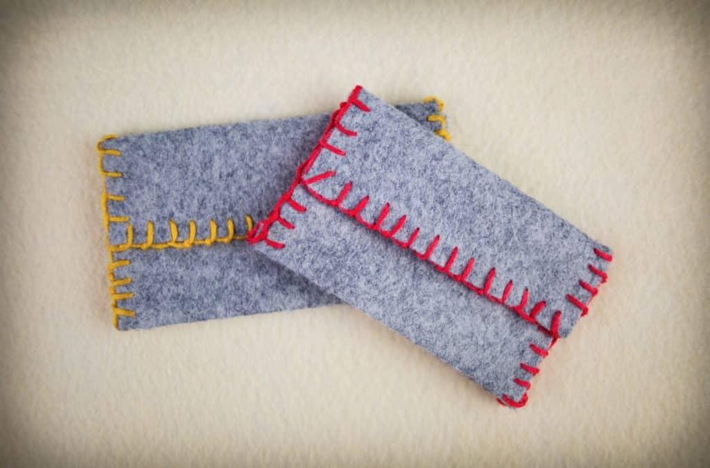 DIY FELT BUSINESS CARD HOLDER - Tinsel and Trim